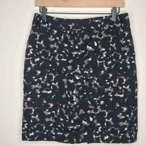 Ann Taylor Loft Black Abstract Print Pencil Skirt